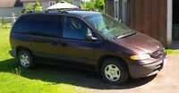1997 Dodge Caravan for repair or parts
