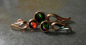 Ammolite 14 kt Gold Round Pendant and Earrings