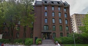$3200 - Penthouse 2BR - 100 Rideau Terrace, Ottawa