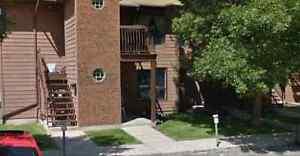 Roommate wanted NW Regina $600 utilities inluded June 1