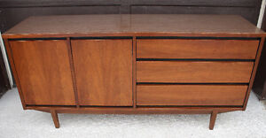 looking for a credenza/ sideboard Cambridge Kitchener Area image 7
