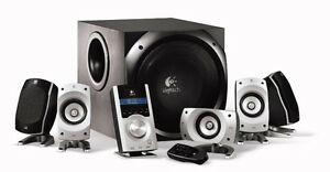 Logitech z-5500 thx 5.1 surround sound speakers