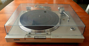 Sony Direct Drive Full Automatic Turntable