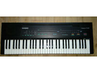 Casiotone CT-607 Electronic Keyboard with Full Size Keys