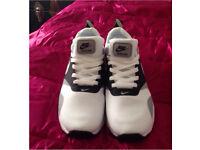 Nike Air Max Tavas size 7.5