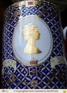 JAMES SADLER 2 COMMEMORATIVE MUG QN ELIZABETH II GOLDEN JUBILEE