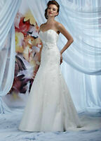 Beautiful 'Impressions' Wedding Dress