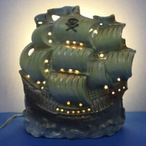50s Pirate Ship TV Lamp