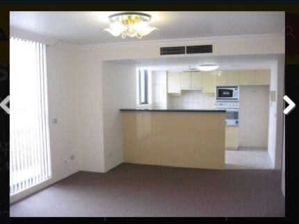 Secondroom for couple $400 city