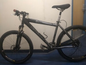 COMPLETELY CUSTOM SPECIALIZED HARDROCK MOUNTAINBIKE