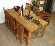 Tisch Akazie
