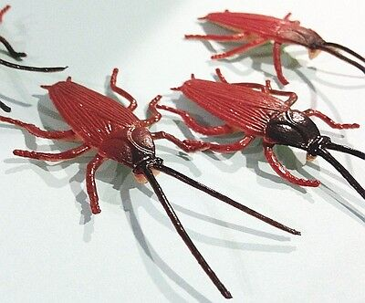 Bug Toys (Lot of 20 Rubber Roach INSECT FAKE BUGS educational toy Cockroach Creepy)