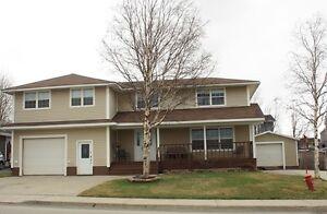 New Listing! Executive 5 Bedroom Home... 307 Carson Avenue