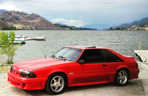 1992 Ford Mustang GT - Extremely Clean!