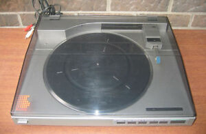 Vintage Sony PS - LX510 Linear Tracking, Quartz lock Turntable