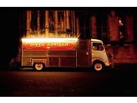 Pizza Truck, Central Oxford requires experienced Pizza Chef, Immediate start