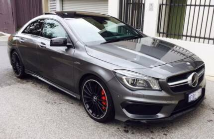 Mercedes-Benz CLA45 AMG TURBO 4MATIC 4-DOOR METALLIC GREY 2015