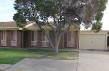 Large 2 Bedroom unit in quiet group Pennington Charles Sturt Area Preview
