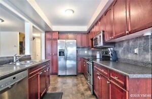 Almost 1700Sqft Freehold Townhouse