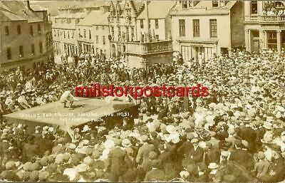 REAL PHOTOGRAPHIC POSTCARD CASTING THE COLOURS, SELKIRK, SELKIRKSHIRE, SCOTLAND