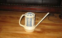 Antique Watering Can Style French Povincial et Porte Revue