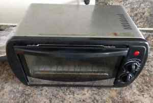 BETTY CROCKER Toaster Oven****