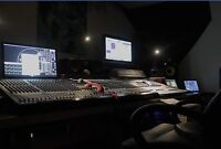 Record, mix, edit in the Vault