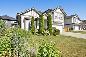 (VIRTUAL TOUR) Real Nice 2 Storey Home!
