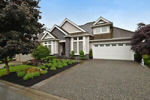 (VIRTUAL TOUR) Beautiful, Custom Built Home On Jade Drive!
