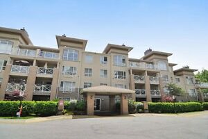 (VIRTUAL TOUR) Grand 1 Bed And Den Unit!