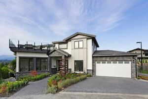 Brand New Quality Built Luxury View Home!