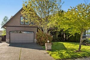 (VIRTUAL TOUR) Meticulously Maintained Beautiful Home!