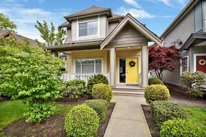 (VIRTUAL TOUR) Lovely Home In Garrison Crossing!
