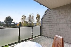(VIRTUAL TOUR) Beautifully Renovated Lower Lonsdale VIEW Cond... North Shore Greater Vancouver Area image 4