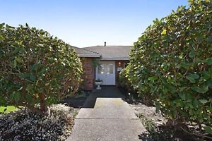 (VIRTUAL TOUR) Stunning, Lovingly Maintained, Spotless!