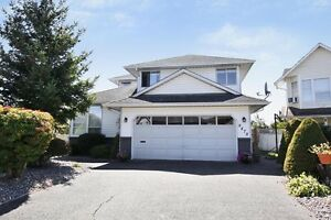 (VIRTUAL TOUR) Rare Find 5 Bedroom Two Storey Home!