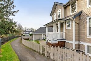 Ultra Private Location Backing Onto Greenspace!