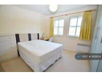 1 bedroom in Hurworth Avenue, Slough, SL3 (#869104)