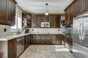 NEWMARKET 2 Story House / A Must See!! Kitchener / Waterloo Kitchener Area image 2