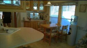 Beautiful and Well Maintained Lakeview Cottage Belleville Belleville Area image 9