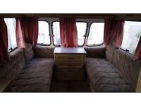 Caravan 400£