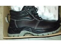 Scruffs Safety Boots Priced to Clear £10