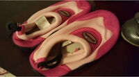 Watershoes size 7
