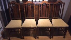 6 Beautiful antique dinning chairs.