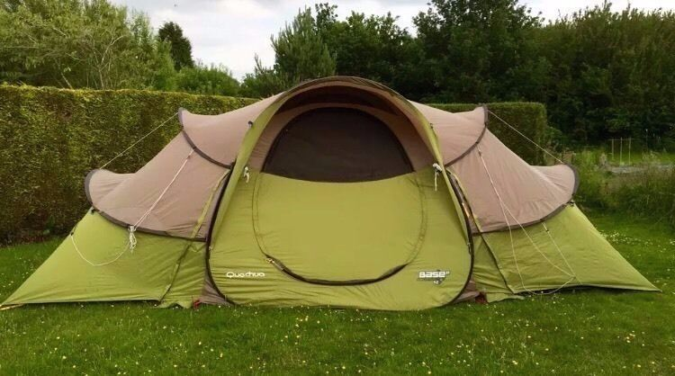 quechua base 2 seconds 4 2 pop up tent 3 rooms sleeps. Black Bedroom Furniture Sets. Home Design Ideas