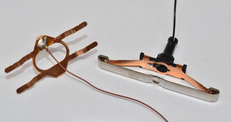 Märklin 73405 Stromzuführung Schleifer & Massefeder Symmetrisch Für Beleuchtung