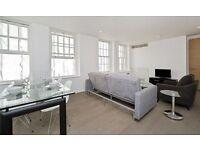 2 bedroom flat in Eastcastle Street, Fitzrovia W1W