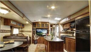Luxury 2014 Bullet Ultra Lite 29 Foot Travel Trailer for rent