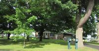 Bungalow sur grand terrain dans la campagne de Farnham