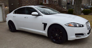 Only available last week!!!   2013 Jaguar XF Supercharged